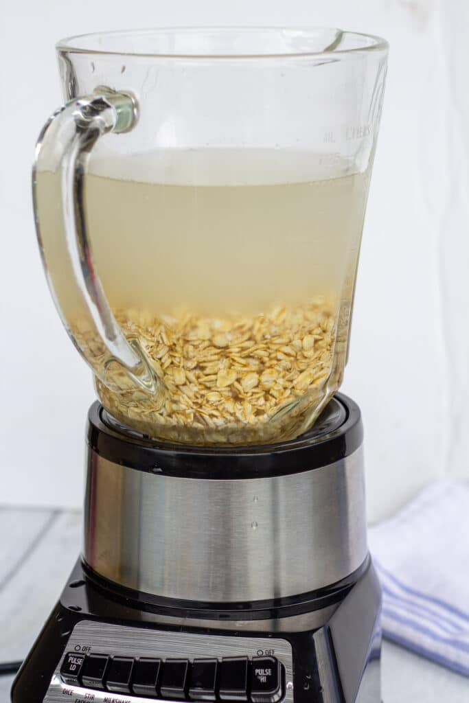 oats and water in a blender